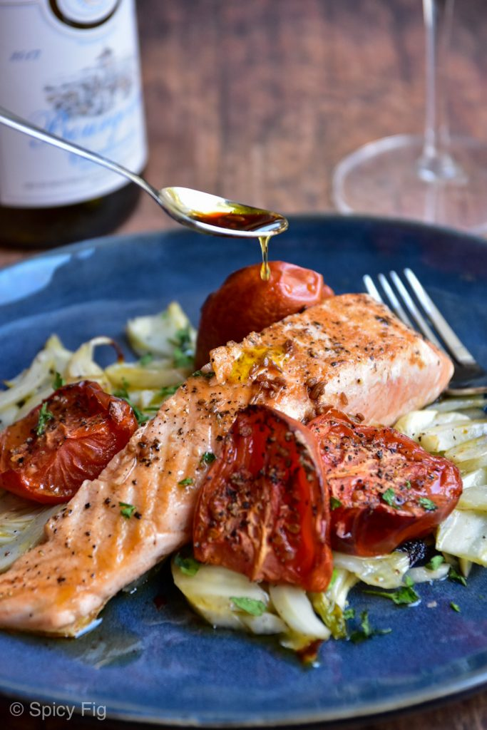 salmon with fennel, Salmon with Fennel and Slow Roasted Tomatoes, SpicyFig, SpicyFig
